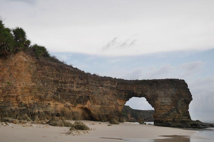 5 Tempat Wisata Pantai Nusa Tenggara Timur yang Harus Dijelajahi - Nusa Tenggara Timur