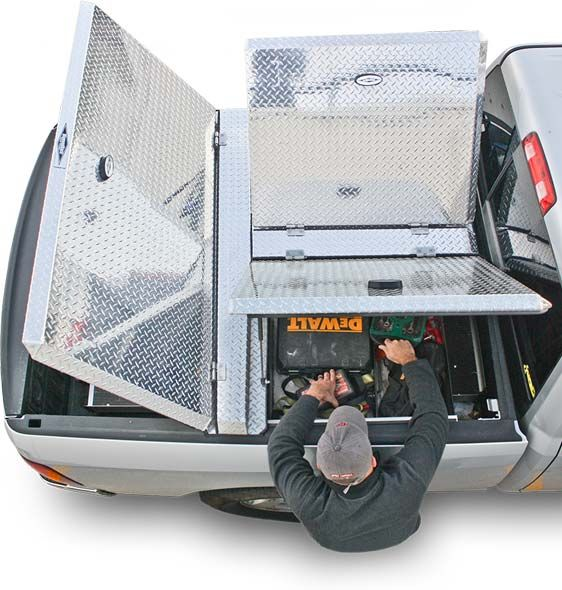 DiamondBack 270 truck bed covers provide total bed access from the front, sides and the rear of the truck bed