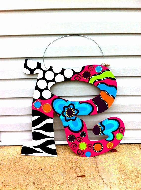 Funky Style Door Hanger. Love, love love! Going to have to make this 4 my door
