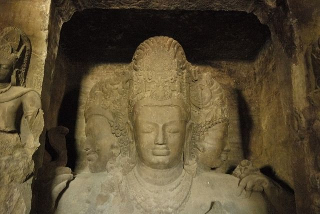 """The #ElephantaCaves is also called as """"Gharapurichi Leni"""" are a network of sculpted caves located on Elephanta Island, or Gharapuri in Mumbai Harbour, 10 km to the east of the city of #Mumbai in the Indian state of #Maharashtra."""