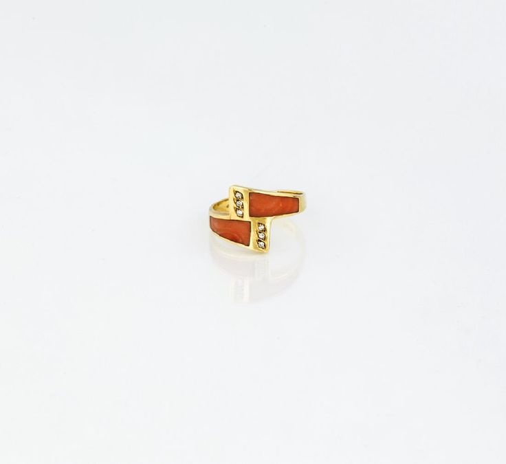 Lot: YELLOW GOLD, CORAL  STRIP |  FASCETTA IN ORO GIALLO CON, Lot Number: 0507, Starting Bid: €100, Auctioneer: Casa d'aste ARCADIA, Auction: Antiquities & Jewelry Antiquariato & Gioielli, Date: May 10th, 2017 UTC