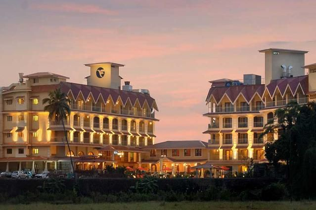 5 star Fortune Select Regina Hotel at Candolim, North Goa with 102 well appointed rooms including 48 Deluxe Rooms, 47 Fortune Luxury Rooms, 6 Suites and 1 Room for the Differently Abled Persons with all luxury amenities