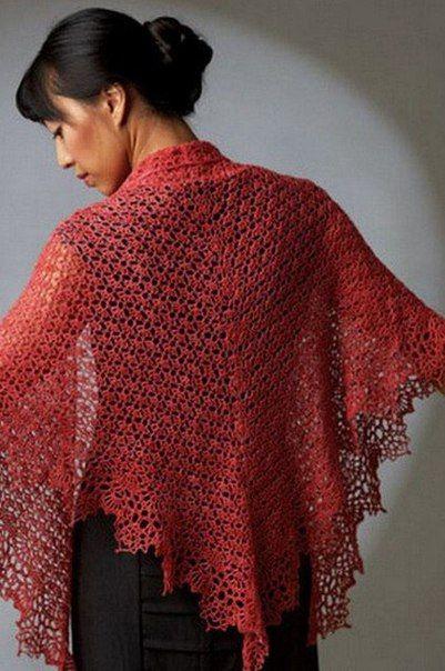 Шаль крючком кораллового цвета. Эта шаль вяжется быстро и легко, просто следуйте схеме вязания.