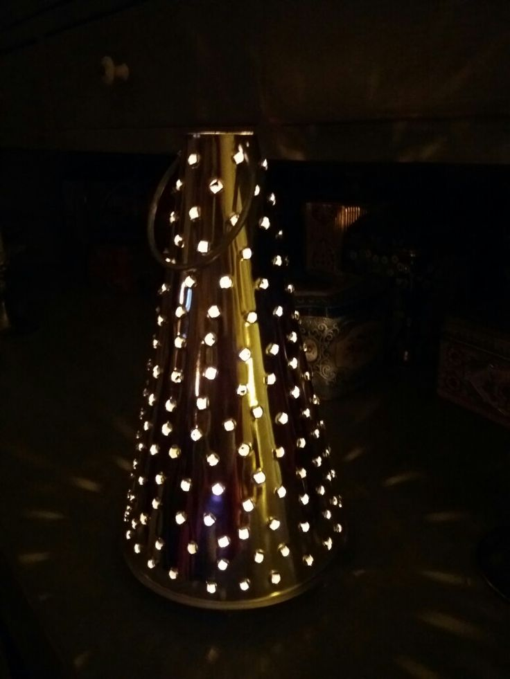 The candle latern