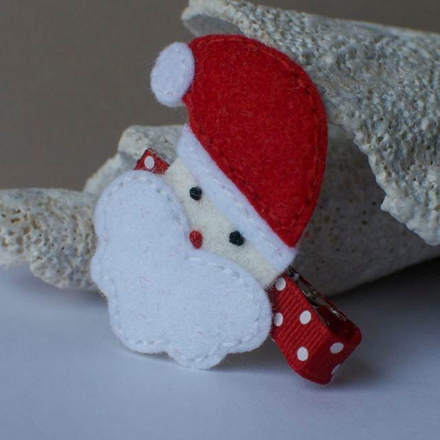 Felt Santa Claus Clip. $3.75, via Etsy.
