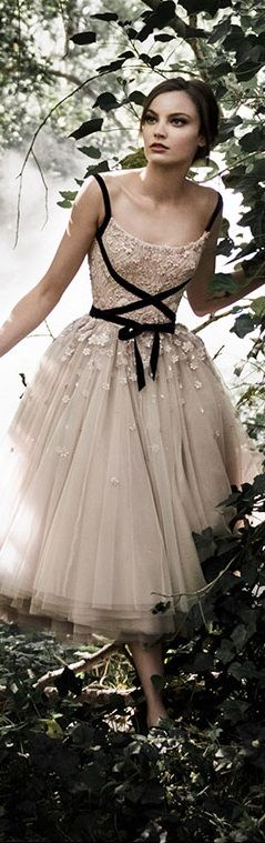 Paolo Sebastian Fall Winter 2015/16 Couture Collection use 5his idea to add straps!
