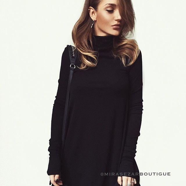 """Мы знаем, что вам очень нравится платье Вув от #mirasezar😻😻. Оно у нас появилось в классическом чёрном цвете!!! Платье Вув - это идеальный ♥️ вариант на каждый день!!! Именно то, что нам, девочкам, очень нужно 😊 Стоимость 3500₽ #вналичииmirasezarboutigue ✔Магазин""""АФИМОЛЛ Сити"""" @mirasezarafimoll ✔Магазин """"Принц Плаза"""" @mirasezar.princeplaza ✔Санкт-Петербург @mirasezarpiter ✔Магазины MiraSezar представлены в городах: Алма-Ата @mirasezar_alma_ata  Анапа @mirasezar_anapa  Астана…"""