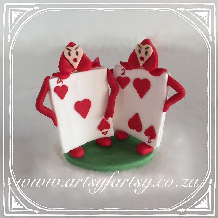 Alice in Wonderland Sugar Figurines #aliceinwonderlandsugarfigurines #cardsoldiers