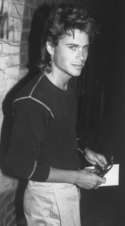 Rob Lowe was just about the most gorgeous man alive in the 80's! <3