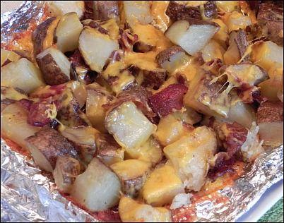 Potatoes: Bacon Potatoes, Cheesy Potatoes, Grilled Food, Cheese Potatoes, Grilled Cheese, Grilled Potatoes, I Love Food, Bacon Grilled, Food On Grilled