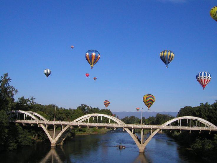 grants pass oregon | Grants Pass, OR : Ballons over 6th Street Bridge, 2005 photo, picture ...