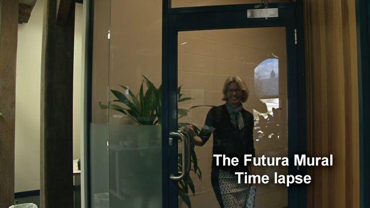 Liz Anelli, - the Futura Mural -time lapse