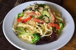 Red Pepper & Broccoli Spaghetti