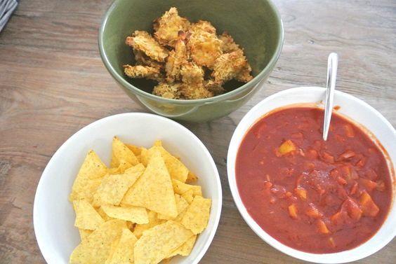 Pittige salsa saus zonder pakjes en zakjes. Lekker voor bij taco's of wraps of als dipsaus bij tortillachips!