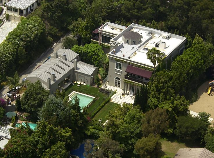 17 best images about famous homes of los angeles on for Famous homes in beverly hills