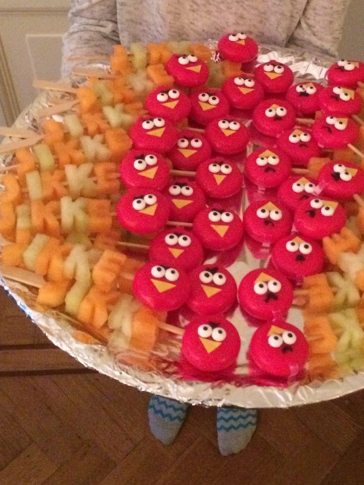 Gezonde Traktatie van meloenletters en angry bird van babybel.
