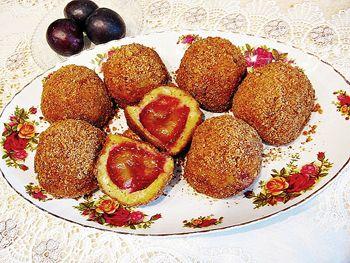 Gomboti cu prune ~ Bucatar maniac si prietenii
