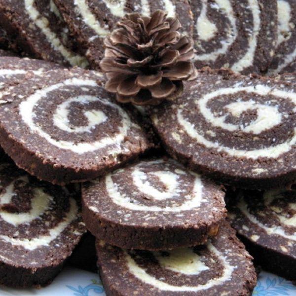 A legjobb kekszrolád és töltött ostya receptek karácsonyra! Még sütő sem kell hozzá!