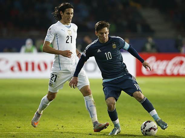 Argentina vs Uruguay en vivo hoy 01 de septiembre 2016  Fútbol en vivo - Ver partido Argentina vs Uruguay en vivo hoy por la Eliminatorias. Horarios y canales de tv que transmiten según tu país de procedencia.