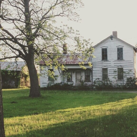 Old Farmhouse ♡