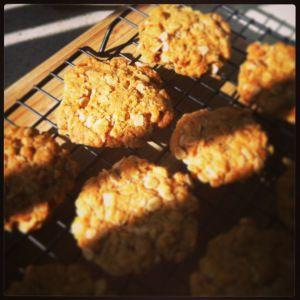 Healthier ANZAC cookies! Yum!