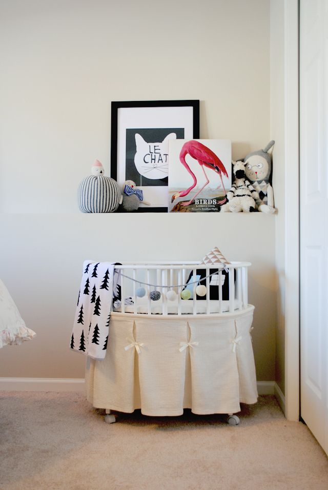 tiny nook for babe, building a new master suite with a Lil baby's room right off. Love this for baby during first few months