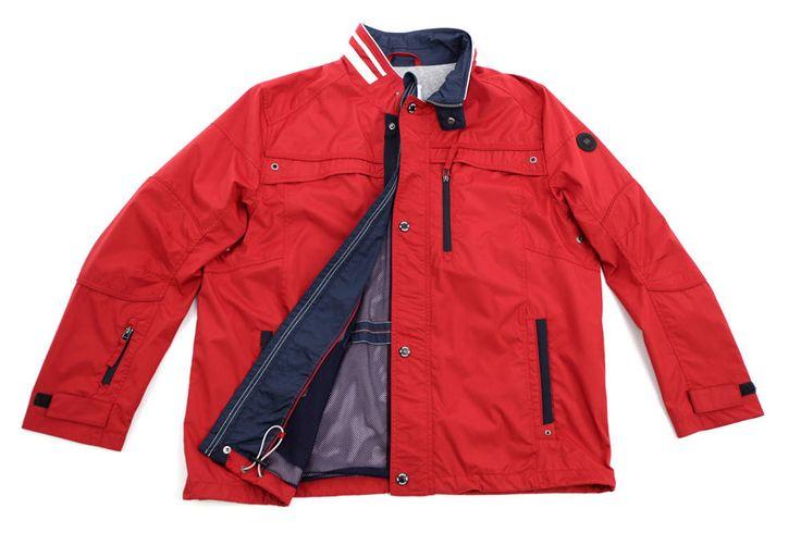 Sportowa kurtka S4 Jackets, przeciwdeszczowa w kolorze czerwonym dostępna w dużych rozmiarach 3XL, 4XL, 5XL, 6XL, 7XL, 8XL. Skład: 100% poliester.