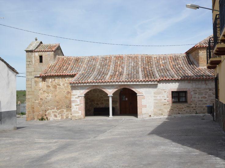NAVALMORALEJO (Toledo) - Iglesia de San Pedro Apóstol (1).