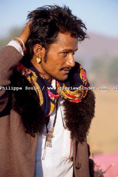Gypsy men, ok....ummmmmm, where is my tamborine ?????