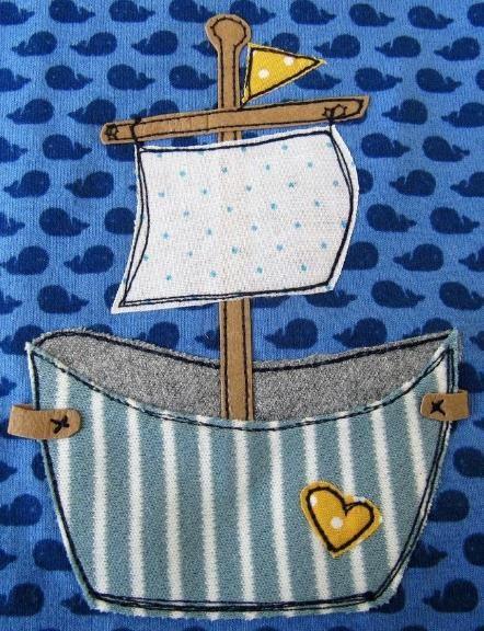 Fröhlich über die Meere zu segeln, das macht im süßen Wannenschiff so richtig Freude - Applikationsvorlage via Makerist.de
