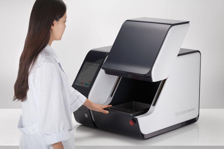 Blood Analysis designed by BKID#Bloodanalysis #LGlifesciences #medical #Device #Machine #Comfort #BKID #BKIDSTUDIO #송봉규 #bongkyusong