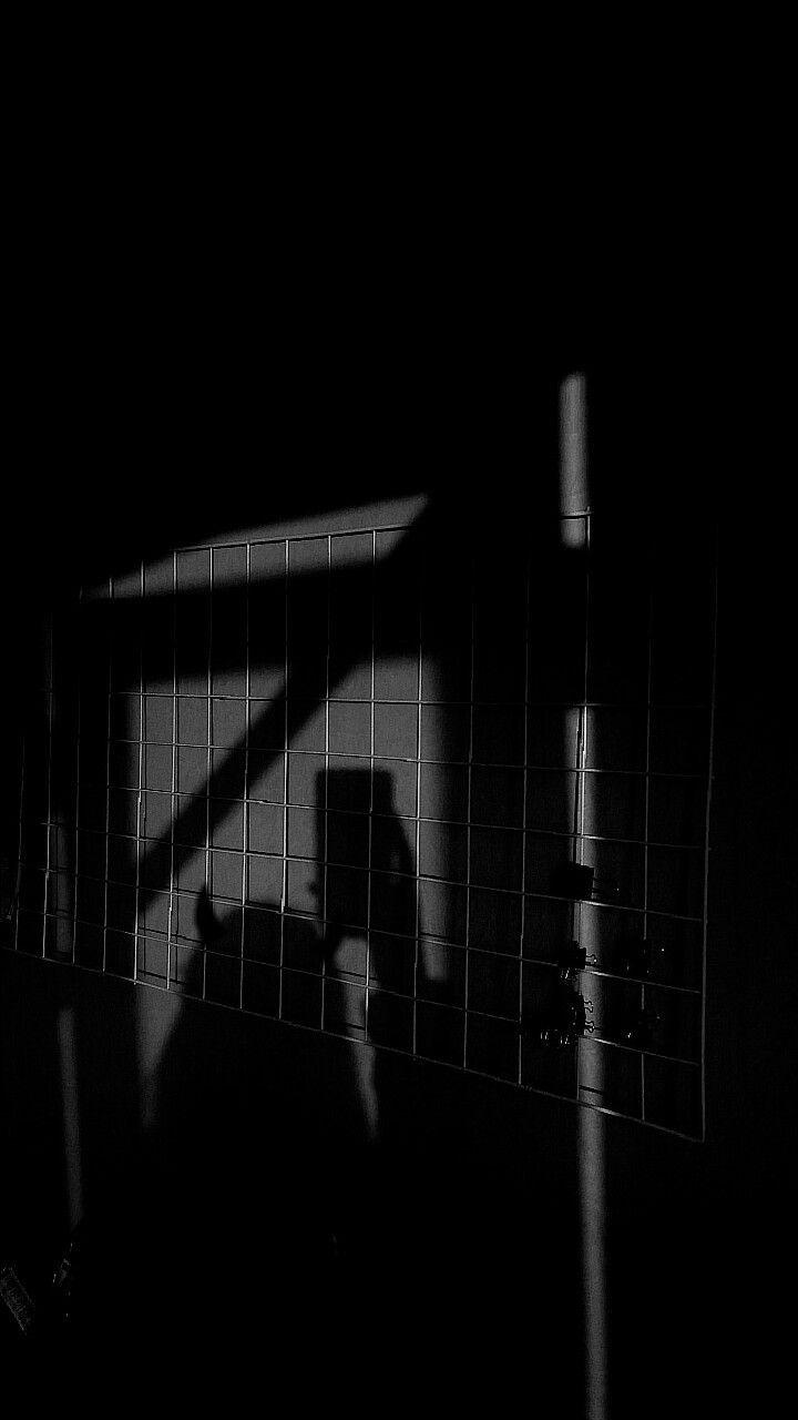 Chicos Buenos Van Al Cielo Las Malas Chicos Traer El Cielo A Ti In 2020 Black Aesthetic Wallpaper Dark Wallpaper Iphone Aesthetic Backgrounds