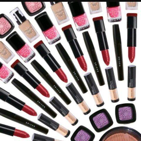 #makeup #instamakeup #cosmetic #cosmetics #TagsPorMeGustas #loveit #fashion #eyeshadow @appslejandro #lipstick #gloss #mascara #palettes #eyeliner #lip #lips #concealer #foundation #powder #eyes #eyebrows #lashes #lash #glitter #crease #primers #base #beauty #beautiful http://ameritrustshield.com/ipost/1544715374976390000/?code=BVv7nMEjVNw