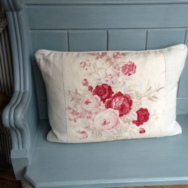 Love this colour combination - Kate Forman 'Roses' cushion. Paint colour similar to Farrow & Ball 'Stone Blue' 86