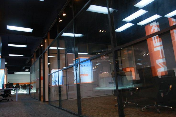 Стеклянные перегородки офисные стены 2012