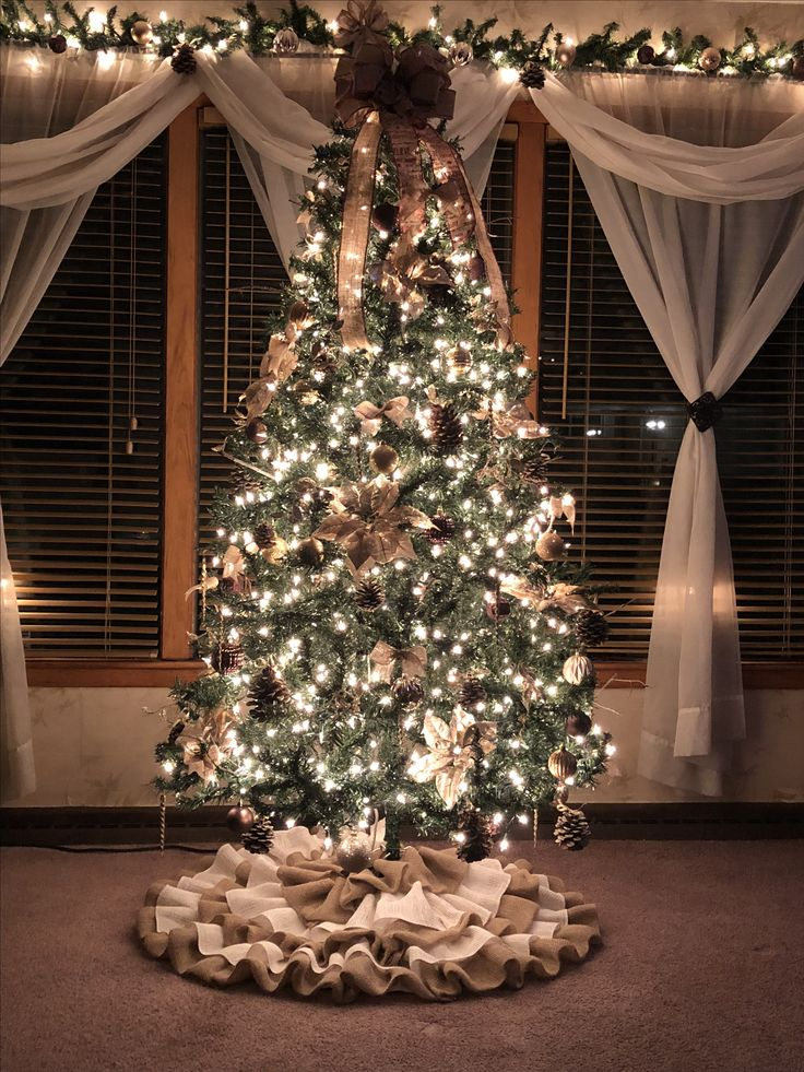 Burlap Christmas Tree Crafts
