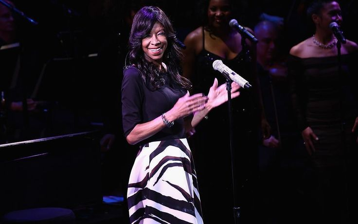 """LOS ANGELES (AP) — Singer Natalie Cole, the daughter of jazz legend Nat """"King"""" Cole who carried on his musical legacy, has died."""