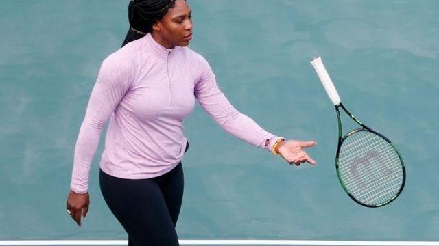 Il répond à Serena: Quelle est votre discipline?