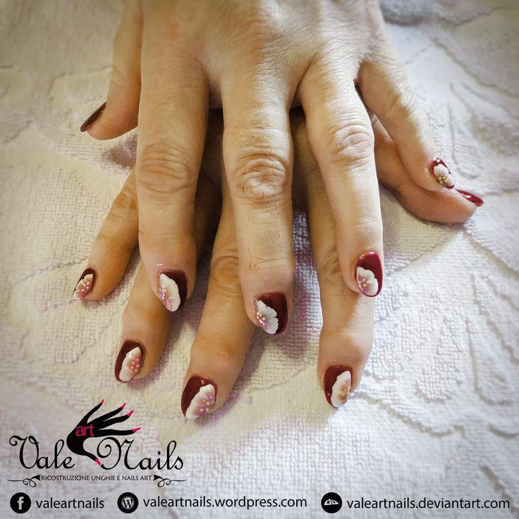 #valeartnail #nails #artnail #red #winecolor #flower #onestroke #ristruzioneunghie #indigonailab #picoftheday #geluv #gelcolor #fashion #Rovigo #Verona #instagood