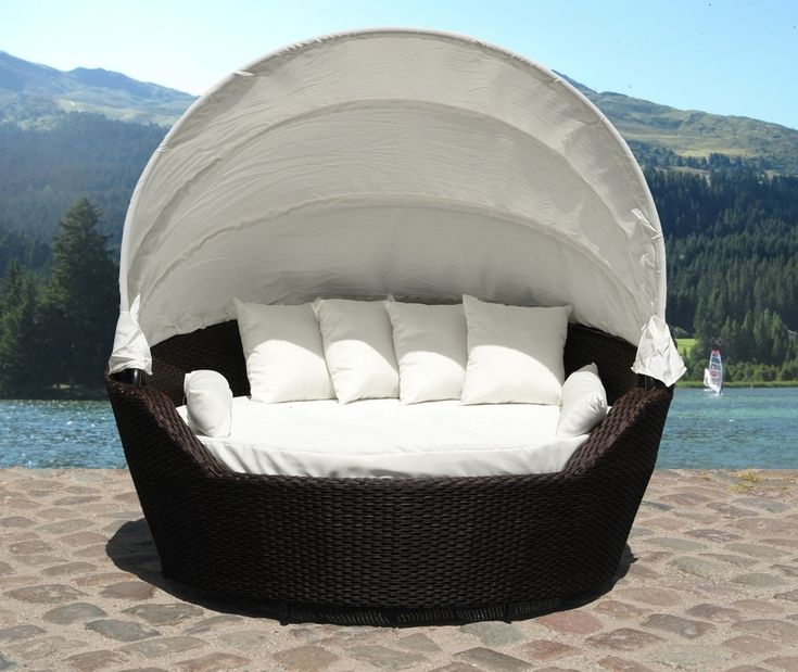 Outdoor Canopy Daybed By Beliani   Wicker Patio Furniture   SYLT