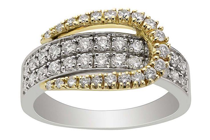 Необычное кольцо для предложения!  #TimeOfDiamonds zoloto.com.ua Wedding ring with diamonds!