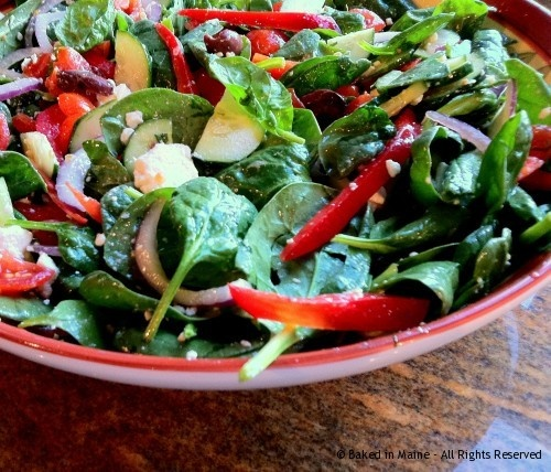 Spinach Salad With Cucumber, Tomatoes and Feta