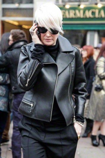 Leer, zwart en studs met een romantische inborst: punkinvloeden keren terug op straat.