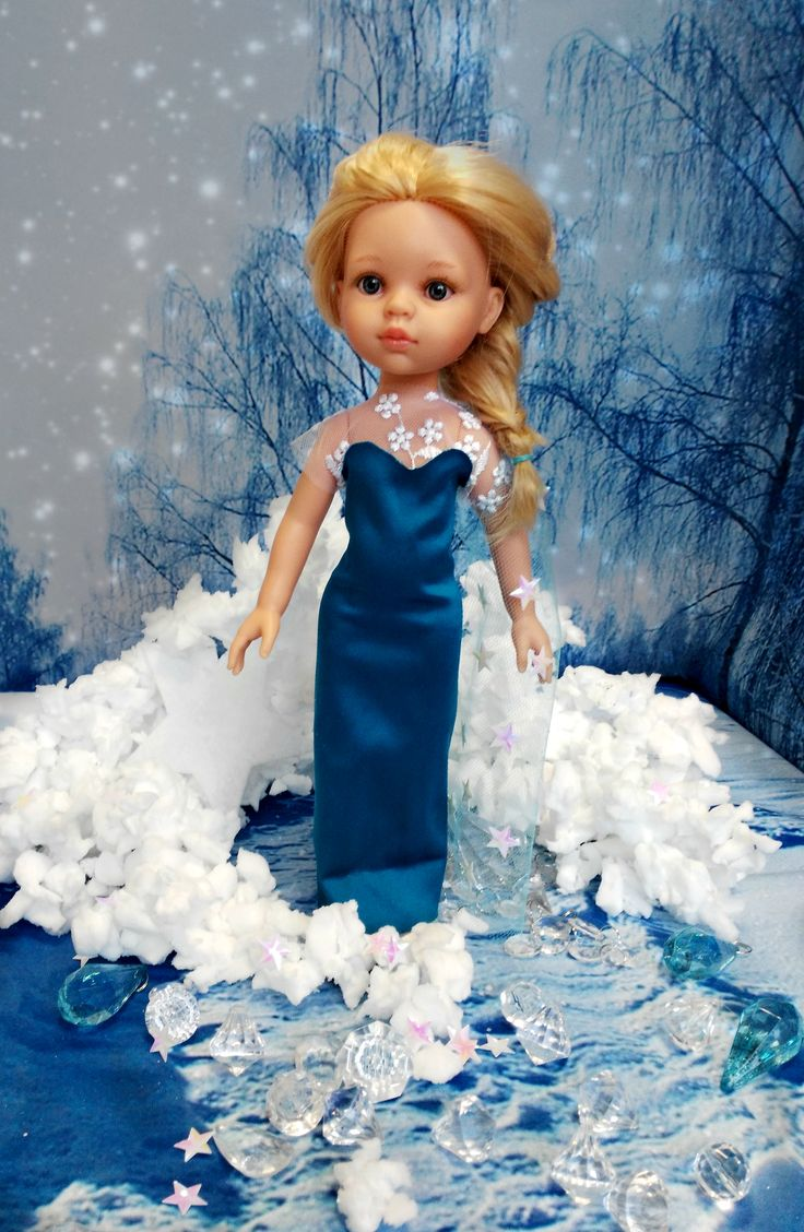 La Lalla inspired by Disney movies. Frozen Elza dressup.  #frozen #elza #ice #doll #toy #christmas #magic #cold #blue #blond #dollstagram #snowflake #disney