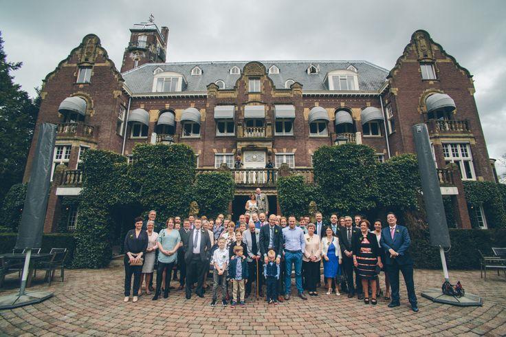 #dutchwedding #grouppicture #groepsfoto #family #familie #vrienden #friends #Baarn #dehogevuursche #2016 #may #mei  Photo by Sjoerd Banga, © Banganimation