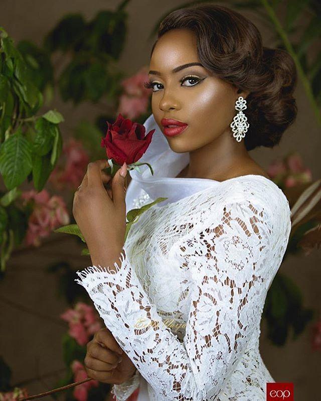 ✨ melanin ✨ #munabeauty | #Repost @elsiejoybridal ・・・ #TBT  Your accessories define your look! Get these beautiful earrings from us today @elsiejoybridal  MUA: @bibyonce  Model: @amira_mimi  Photography: @eopstudios #munaluchi #munaluchibride #weddingthings #inlove #beautiful