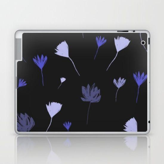 Flowers in the Night I Laptop & iPad Skin