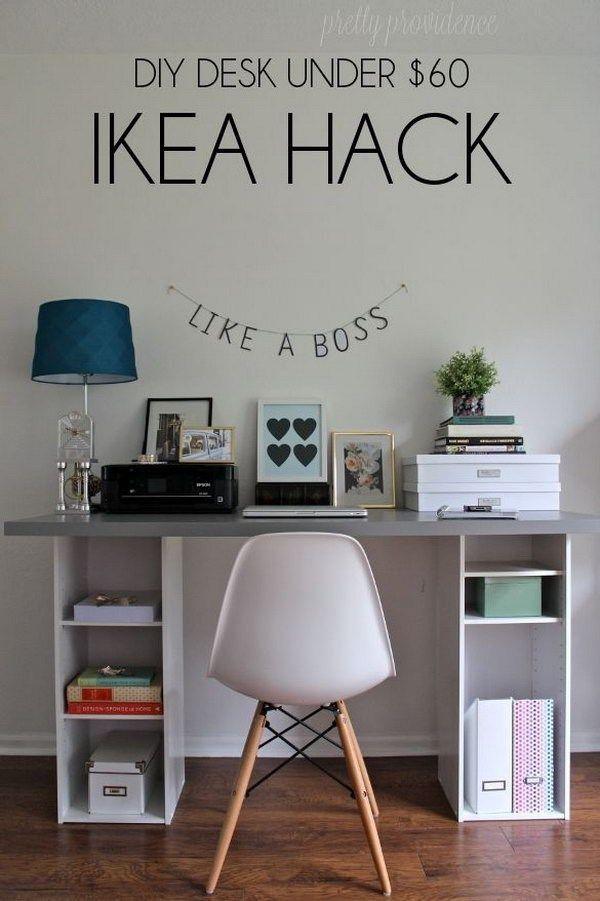Fai da te IKEA Hack scrivania sotto $ 60: Get due piccole librerie di destinazione ($ 18 ciascuno) e una grande scrivania blocco macellaio o di un piano di lavoro da IKEA, quindi è possibile creare questa scrivania unico, funzionale e decorativo per la vostra casa.