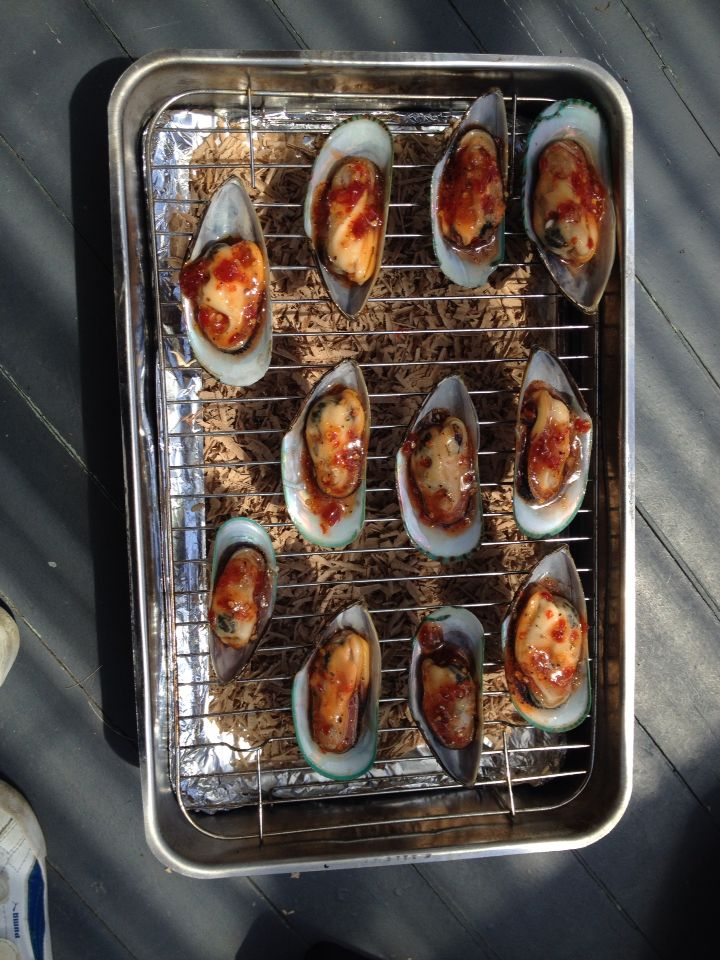 Smoked NZ Green Lipped Mussels with Sweet Chilli Sauce