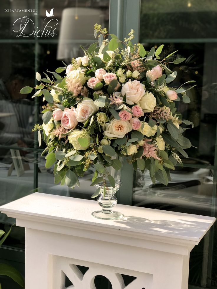 Stunning, elegant arrangement with soft, blush colors. Simply ideal.